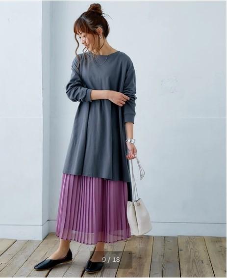 新春Tシャツスカートと